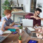 Happiness manager - Bonheur au travail - Recrutement positif - Potentiel Humain Montpellier - management - réunion de groupe
